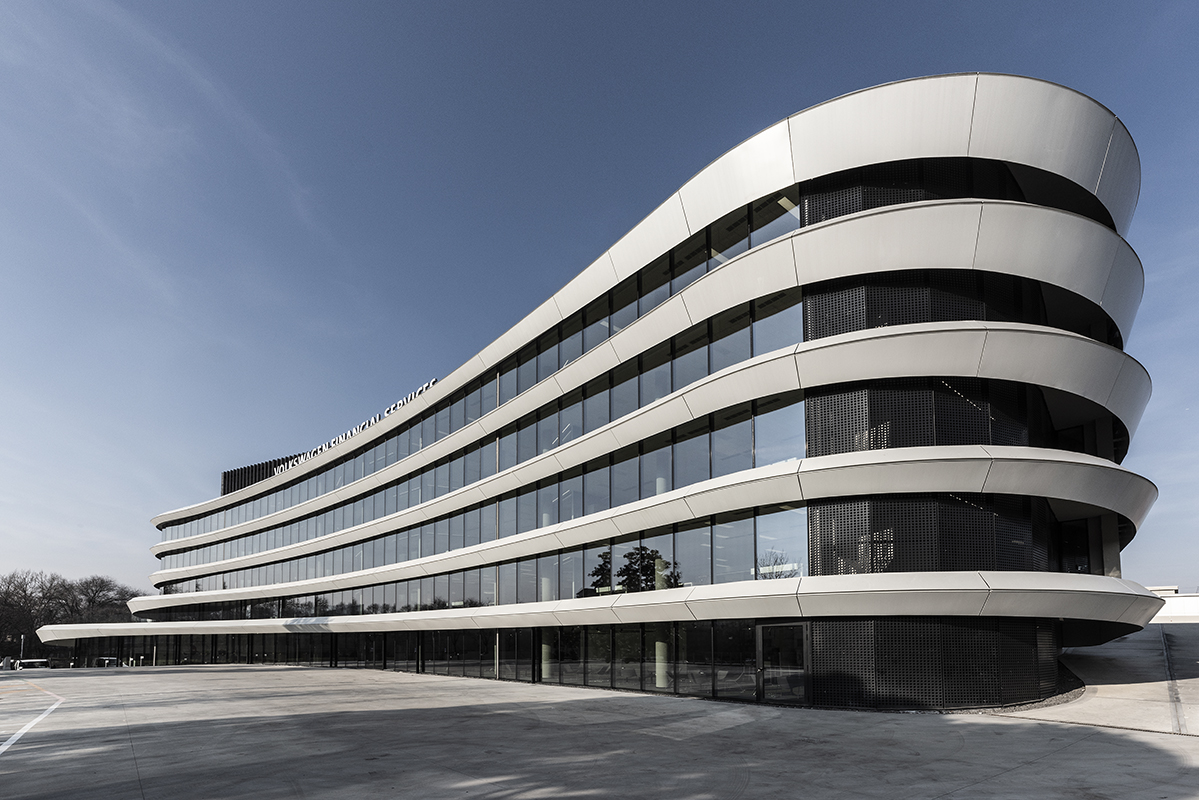 Volkswagen Financial Services_38